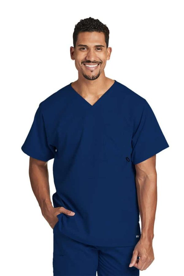 Красив лекар със синя медицинска туника